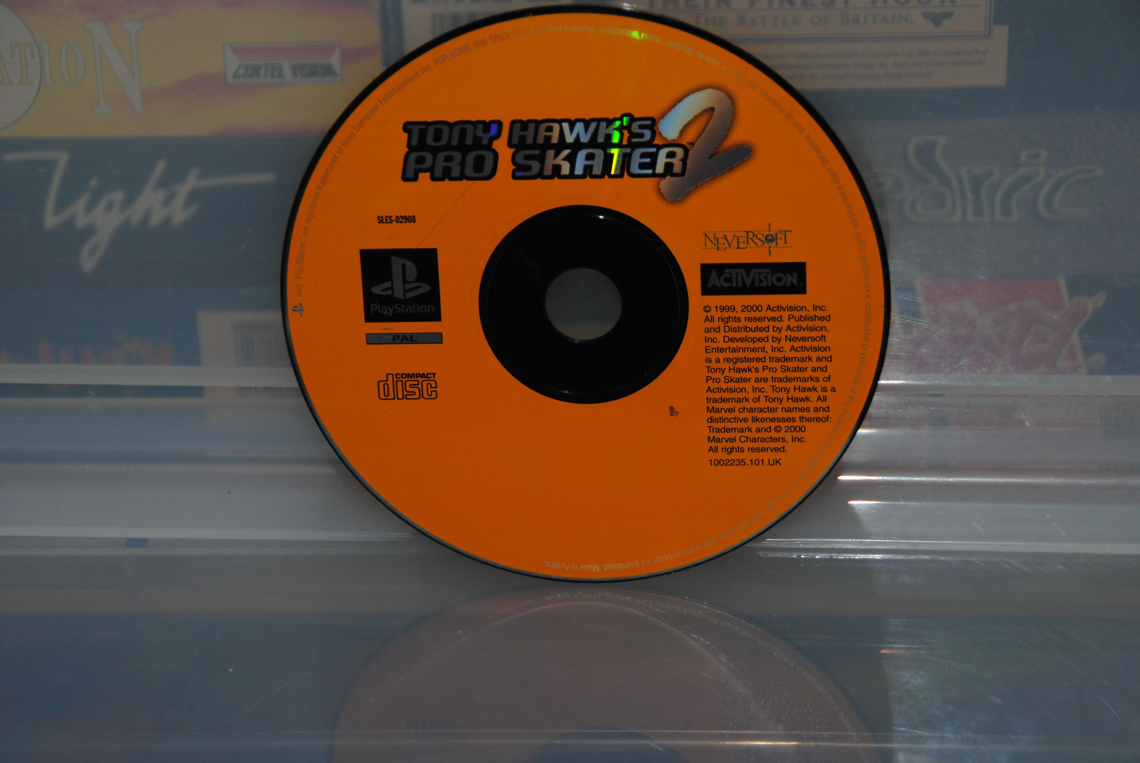 Activision - Tony Hawk Pro Skater 2