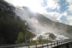 We had to make a stop at one of Norway's most beautifull waterfalls - Langfoss.