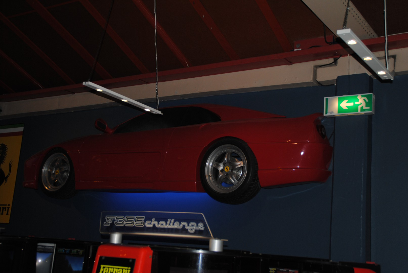 F355 Challenge Wall Thingy :D