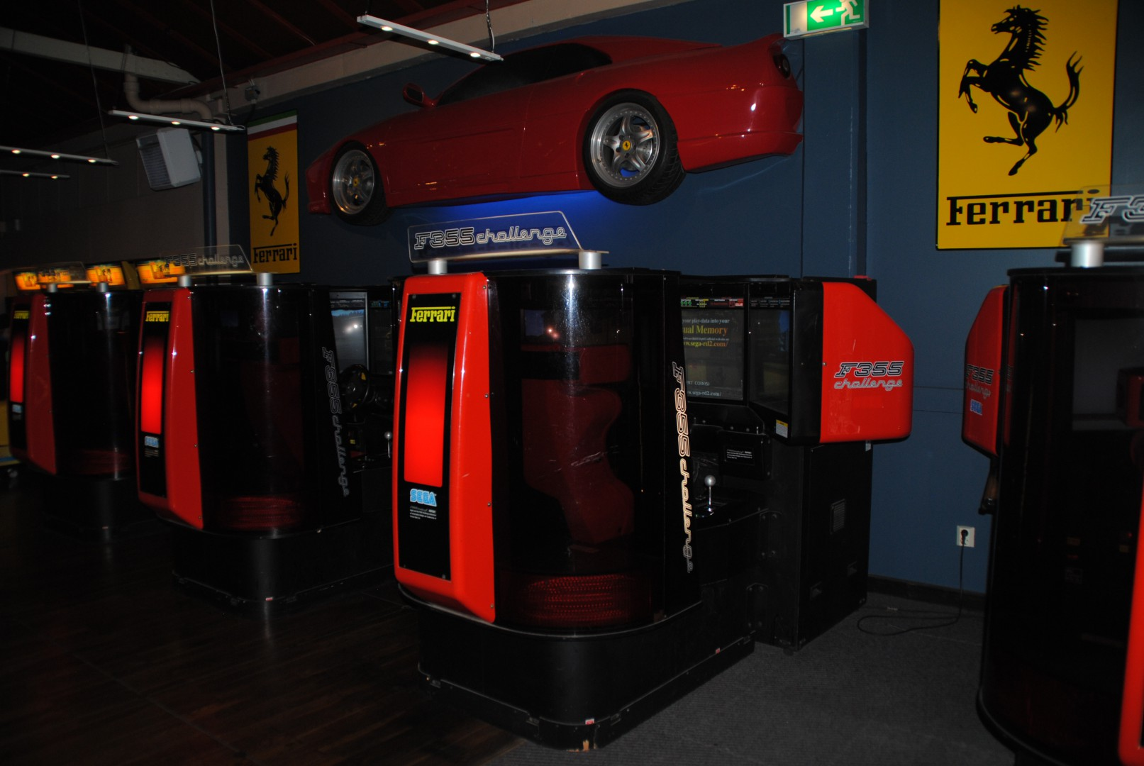 F355 Challenge (8 Cabinets + Wall mount) / At Liseberg Fun Fair